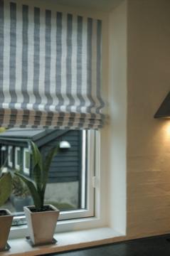 innovative raffrollo technik von germania und mhz. Black Bedroom Furniture Sets. Home Design Ideas